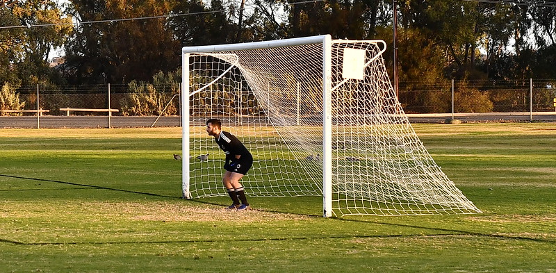"""A"" Riverland/Sunraysia Cup GRAND FINAL Renmark v Mildura City ... the penalty shoot-out"