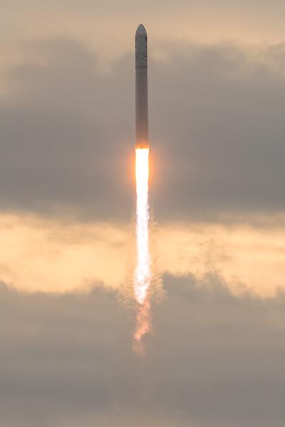 Orbital ATK OA-8 Launch second attempt-9041-2.jpg