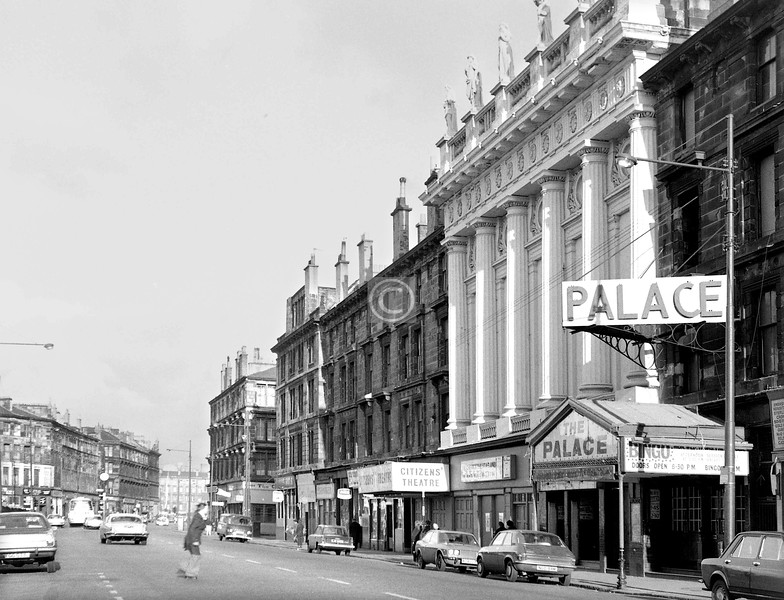 Gorbals St, east side from Bedford Lane.   The Citizens' Theatre is still there of course, behind a new and much less impressive façade, and with the skyline statuary safely indoors now.     April 1973