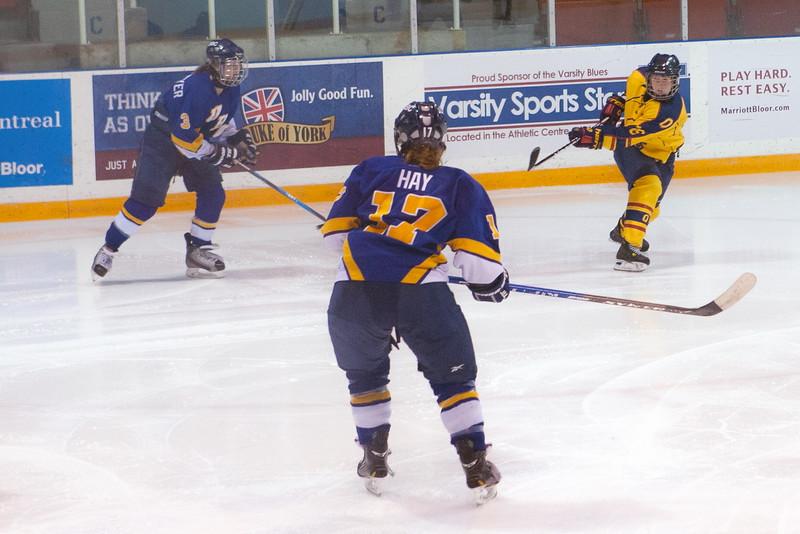 20130310 QWHockeyvsUBC 351.jpg