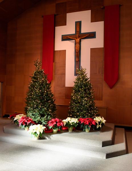2018 Christmas Decor_8826_300 DPI.JPG