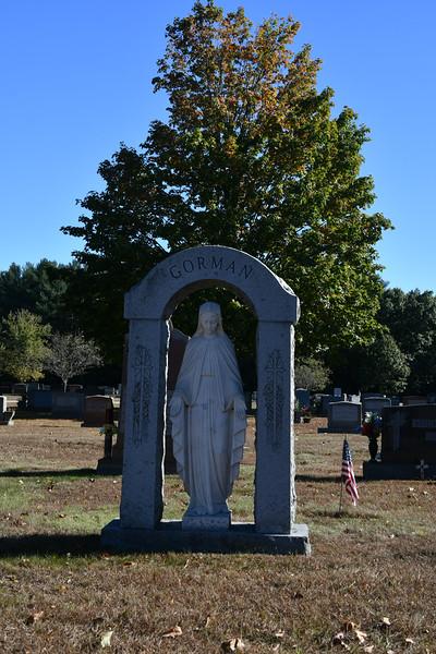 St-Joseph-Cemetery-Oct2019-72.jpg