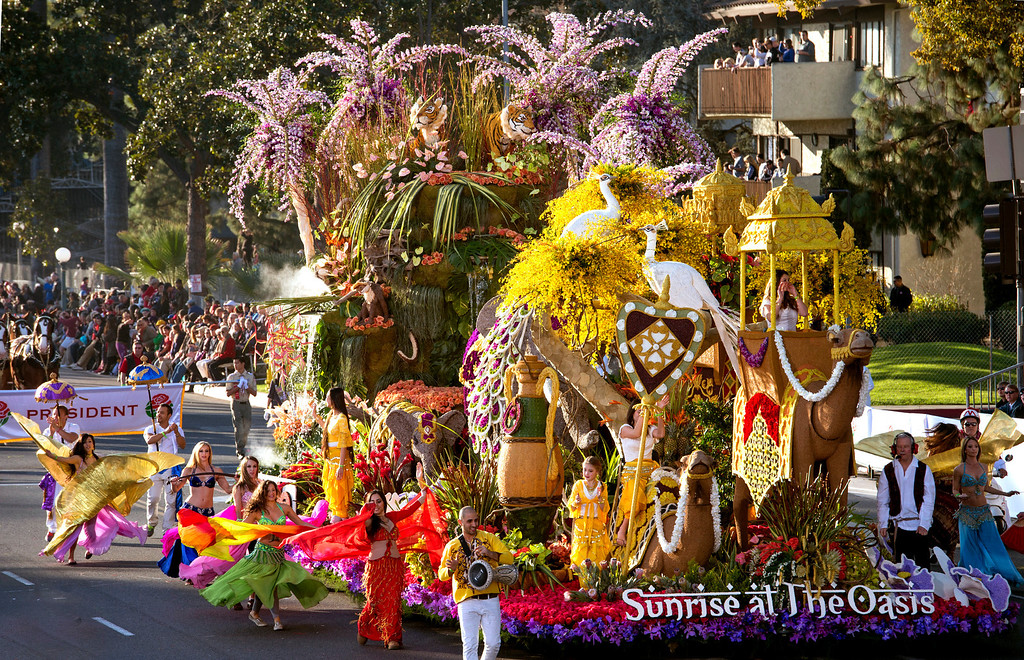 ". Dole ""Sunrise at Oasis\"" float during 2014 Rose Parade in Pasadena, Calif. on January 1, 2014. (Staff photo by Leo Jarzomb/ Pasadena Star-News)"
