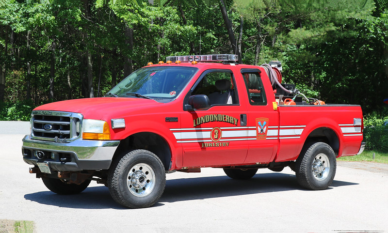 Forestry 3   2011 Ford F-350 / Slide In   125 / 200