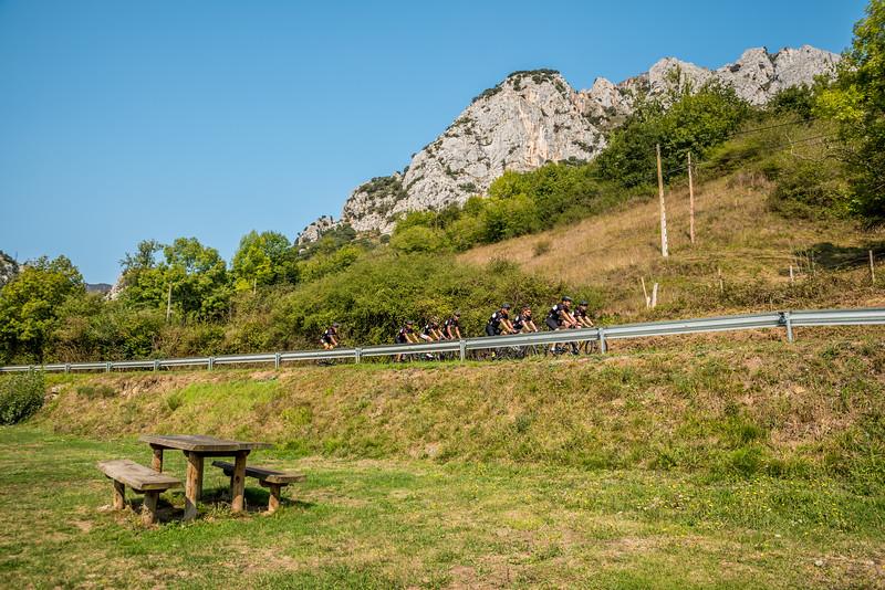 3tourschalenge-Vuelta-2017-910.jpg