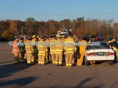 10/20/07 - Delhi Twp extrication training