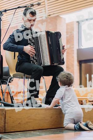 © Bach to Baby 2018_Alejandro Tamagno_Dulwich village_2018-07-02 015.jpg