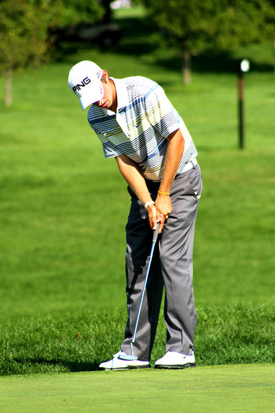 Round one co-leader Chris Williams, 20, of Moscow, Idaho, putts on the 13th green in the second round Wednesday.