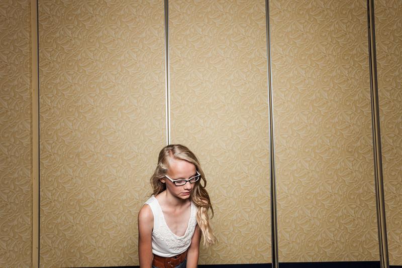 JenBrettPhotobooth-1053.jpg