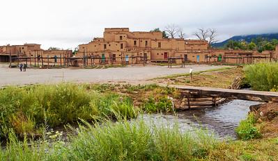 USA, NM - Taos Pueblo