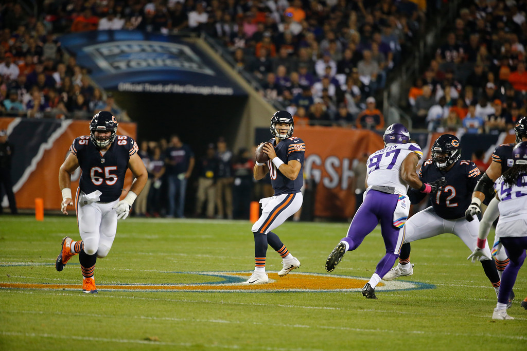 . Chicago Bears quarterback Mitchell Trubisky (10) drops back to pass against the Minnesota Vikings during the first half of an NFL football game, Monday, Oct. 9, 2017, in Chicago. (AP Photo/Charles Rex Arbogast)