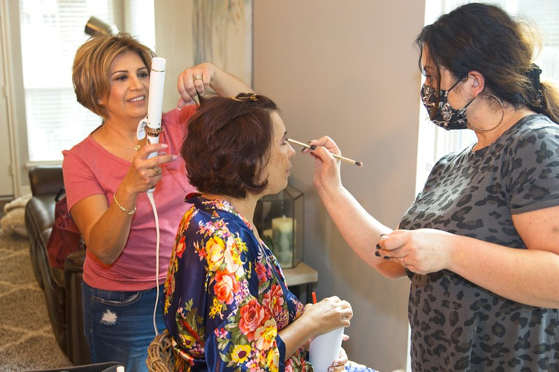112020_Wedding-171130-GettingReady-0002.jpg