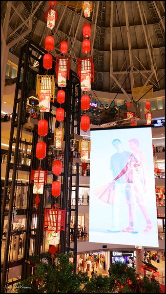 190202 KLCC CNY Decor 17.jpg