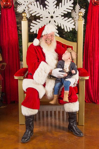 Santa 12-16-17-216.jpg