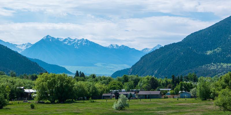 Montana Mountains Vista