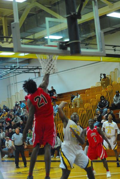20090301_MCC Basketball_5617.JPG