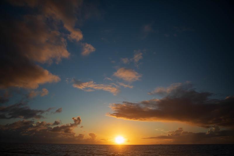 kvb fam holo sunset-109.jpg