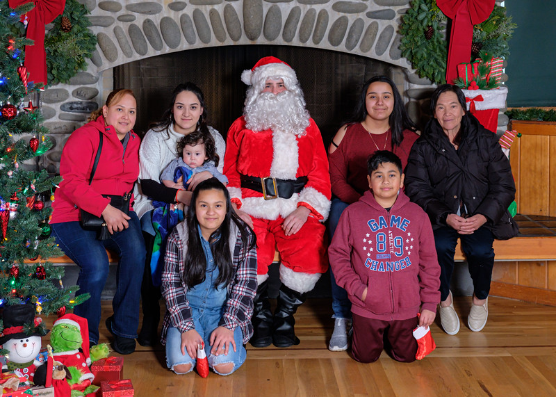 CB Santa 2019-7839.jpg