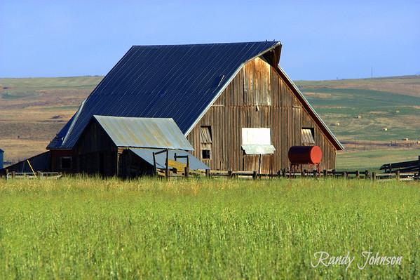 Centerville Barns