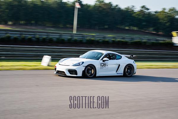GT4 Clubsport White #108
