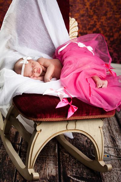 Baby Ashlynn-9617.jpg