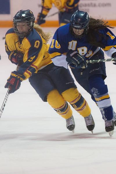 20130310 QWHockeyvsUBC 459.jpg