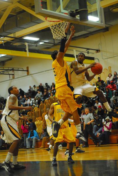 20090113_MCC Basketball_3491.JPG