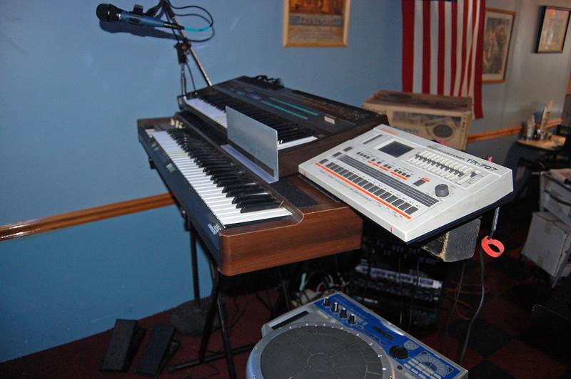 Keyboards and Handsonic_5767677125_o.jpg