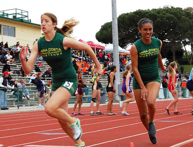 4x400 (by Jeff Tong)