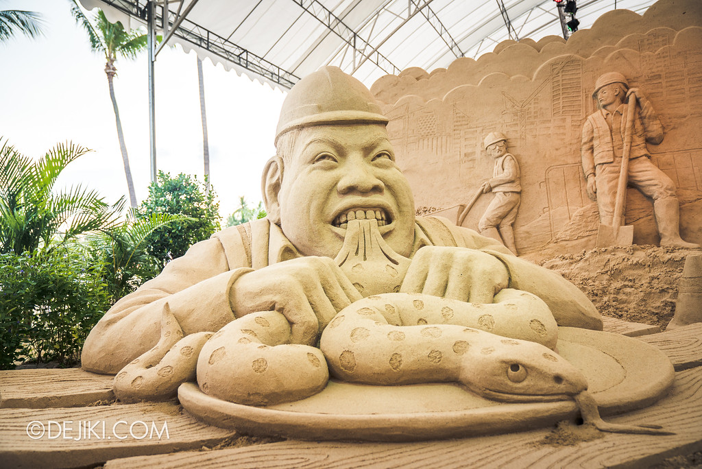 Sentosa Sandsation 2017 - Eat Snake