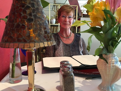 17--04-18 Sue & Bill 20th Anniversary Dinner