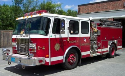 Engine 4 - 2000 E-One Cyclone II Pumper