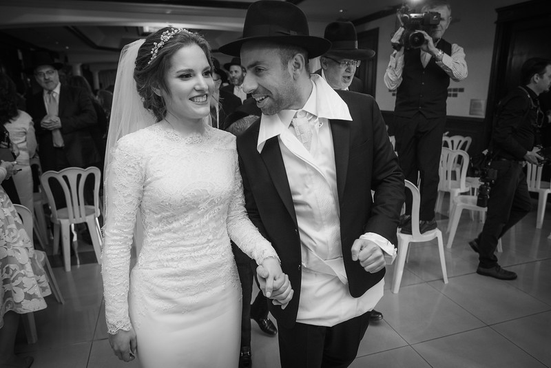 Miri_Chayim_Wedding_BW-617.jpg