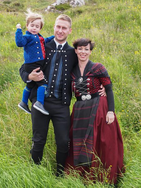 Hans Christian, Marina og lille Joannes. Foto- Martin Bager-7298331.jpg