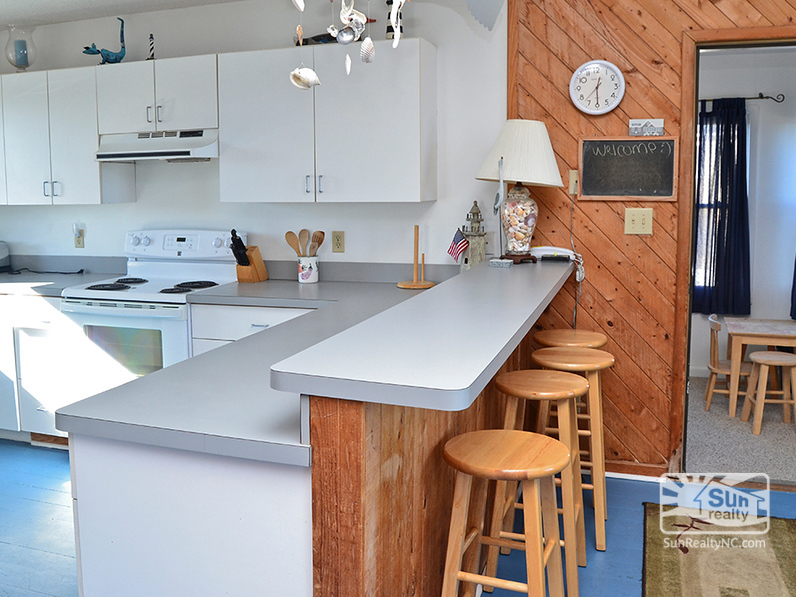 Bar Seating in Top-Level Kitchen