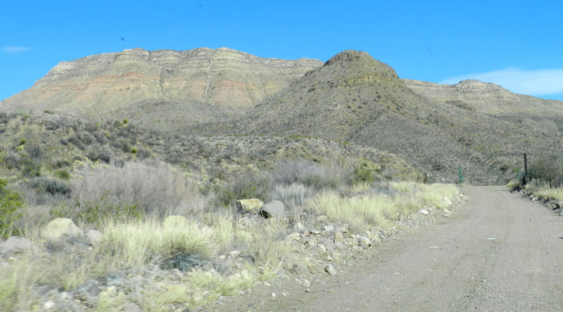 Pinto Canyon road3.jpg