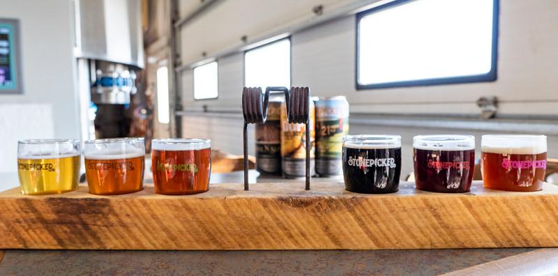 Ontario-Grand-Bend-Stonepicker-Brewing-Company-01.jpg