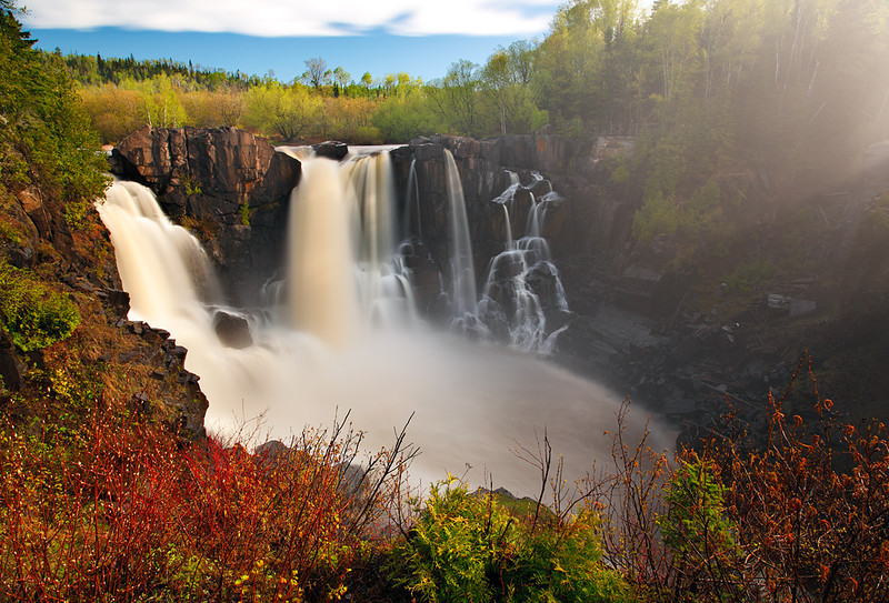 Spring Sensation - High Falls (Grand Portage State Park - Minnesota)