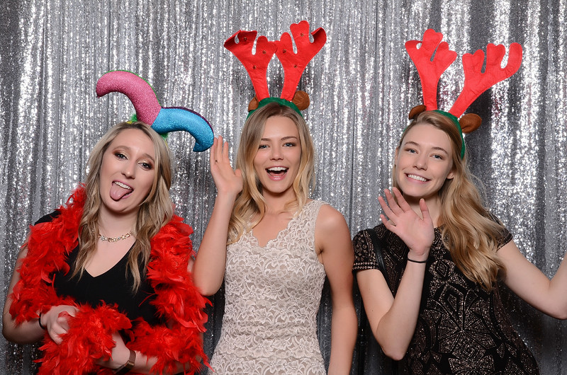 nwg residential holiday party 2017 photography-0051.jpg