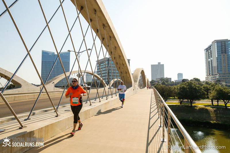 Fort Worth-Social Running_917-0334.jpg