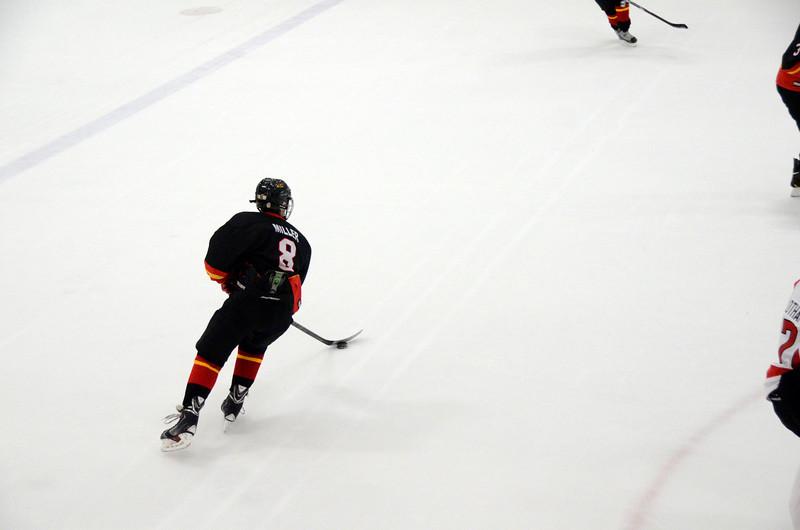 131005 Flames Hockey-093.JPG