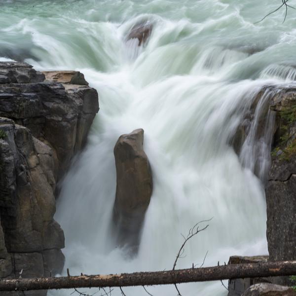 Athabasca Falls, Icefields Parkway, Jasper, Alberta, Canada