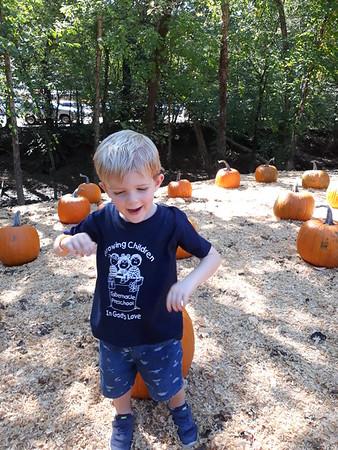 2018 Athan Pumpkin Field trip
