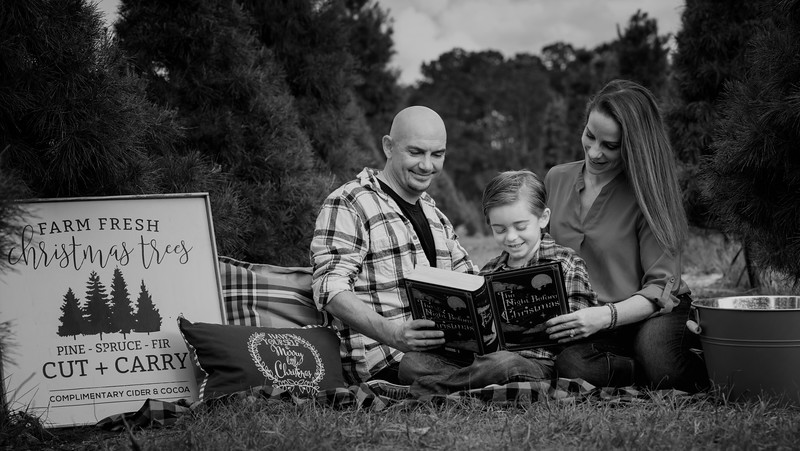 Hosaflook family II B&W.jpg