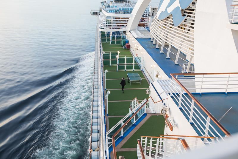 on ship-8723.jpg