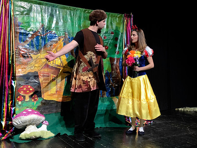 ENGLISH THEATRE CLUB: SNOW WHITE