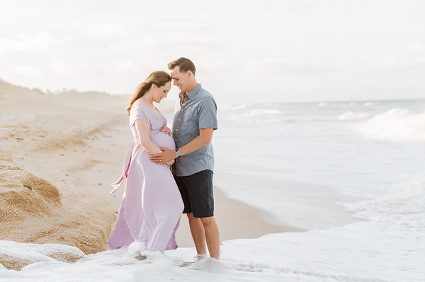 Amy and Charlie's Maternity Session | Guana Beach Reserve