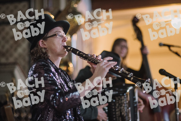 © Bach to Baby 2017_Alejandro Tamagno_St Johns Wood_2017-12-01 019.jpg