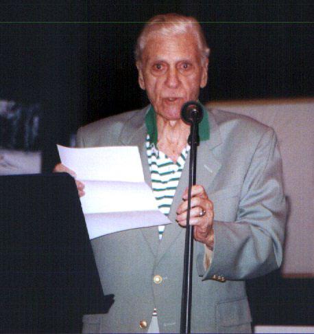 Poet's Cafe '02 -- The senior Mr. Ornstein