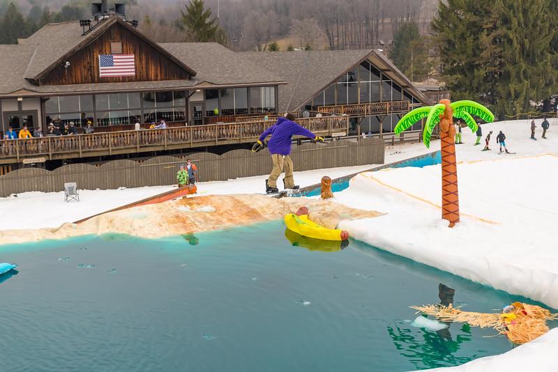 Pool-Party-Jam-2015_Snow-Trails-859.jpg